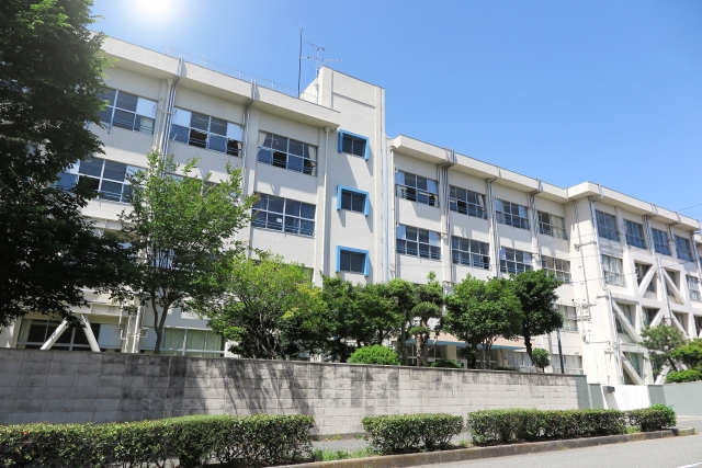 川井梨紗子 高校